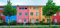 Fröhliche Farbe für das Haus