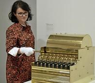 Gewehrläufe zu Orgelpfeifen