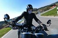 Motorradfahrerin nimmt zwei Bikern in Bad Säckingen die Vorfahrt