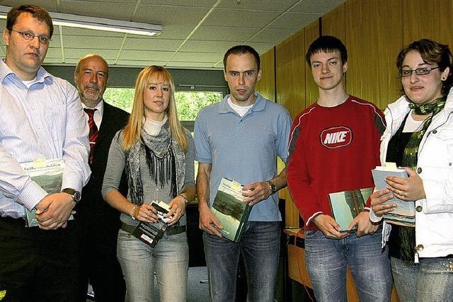 Kaufmännische Schulen Waldshut: 162 Schüler bestehen Prüfung