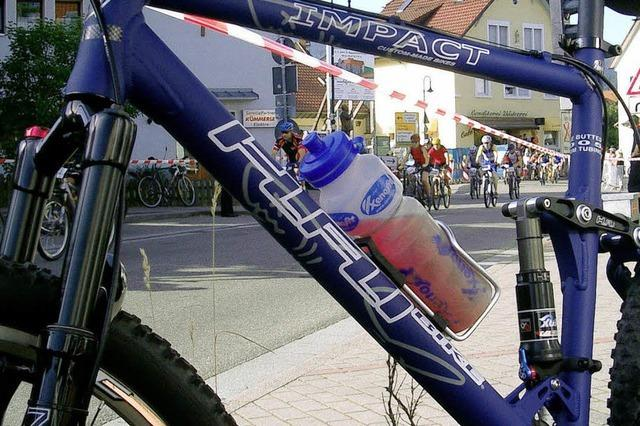 Kirchzarten im Zeichen der Biker