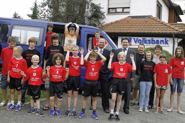 Neuer Bus für die Jugend