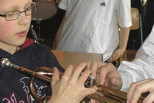 45 begeisterte Orchestermusiker