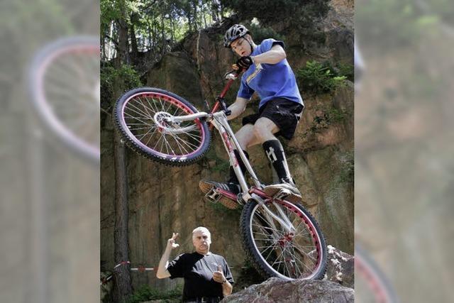 Kraft und Mut = Fahrradtrial