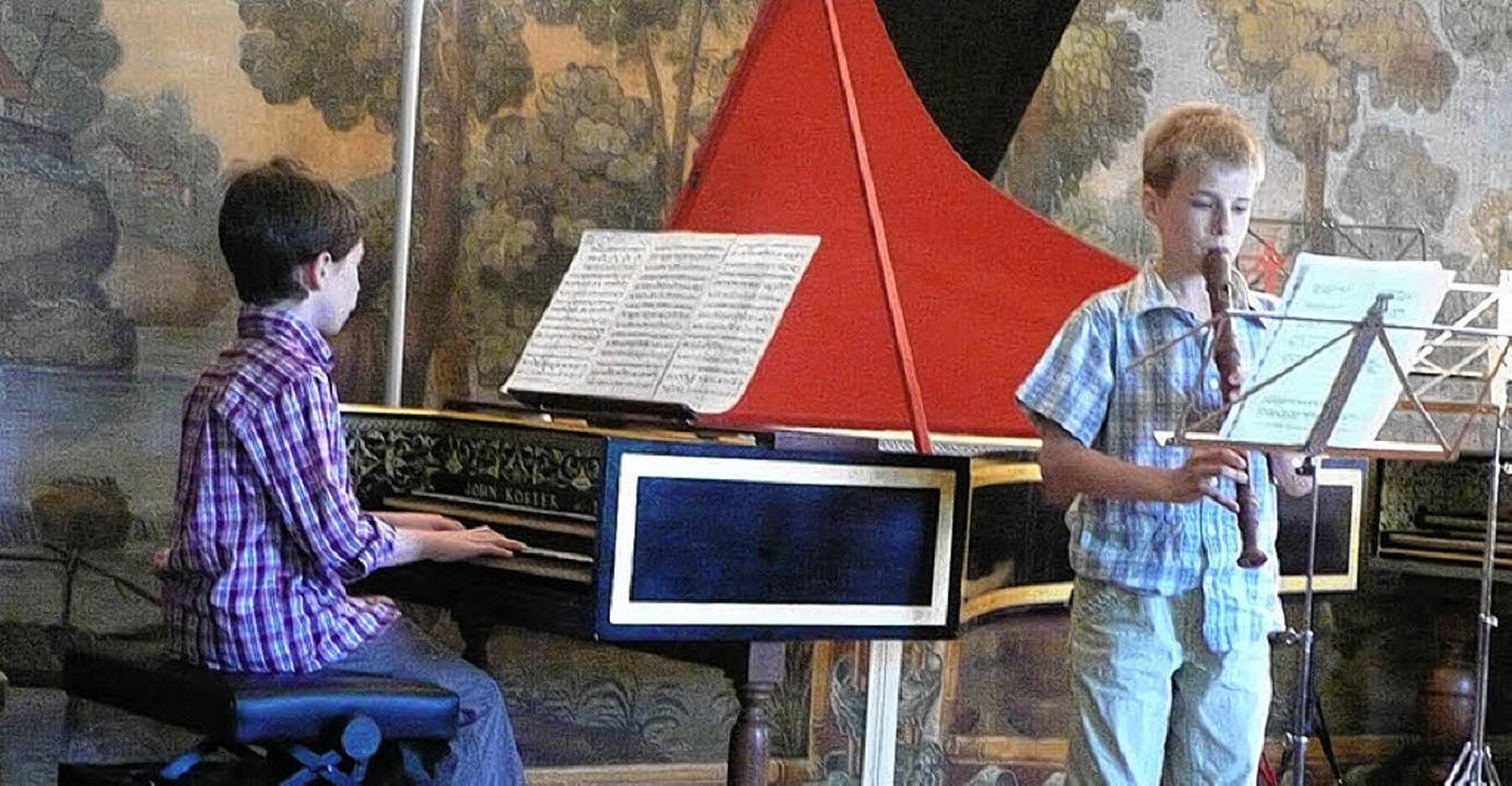 Schüler der  Jugendmusikschule gaben im Bad Krozinger Schloss ein Konzert.    Foto: F. Zimmermann