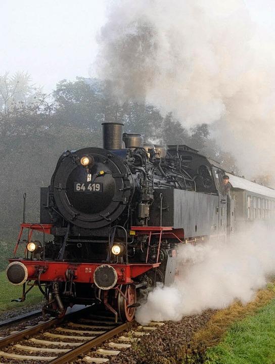 64 419 DBK - diese Dampflok wird den M...zwischen Titisee und Löffingen ziehen.