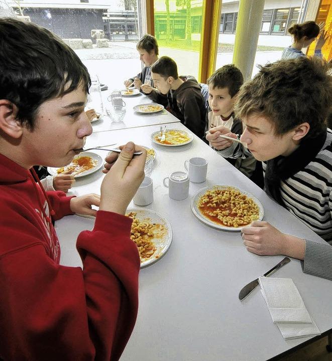 Der Appetit auf ein Mittagessen an der...das Ergebnis einer Umfrage der Stadt.     Foto: Schneider