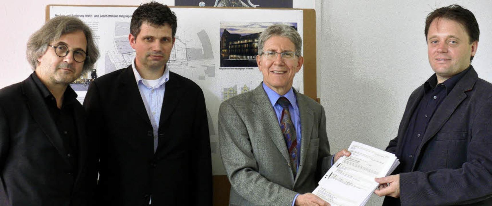 Bauantrag Brünnele-Areal: von links: J... Pontius, OB Dr. Müller, Harry Zürcher