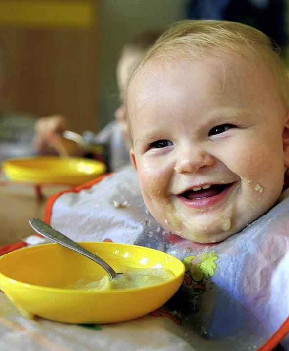 Auch für die ganz Kleinen soll es bald...en drei Hohberger Kindergärten geben.   | Foto: dpa