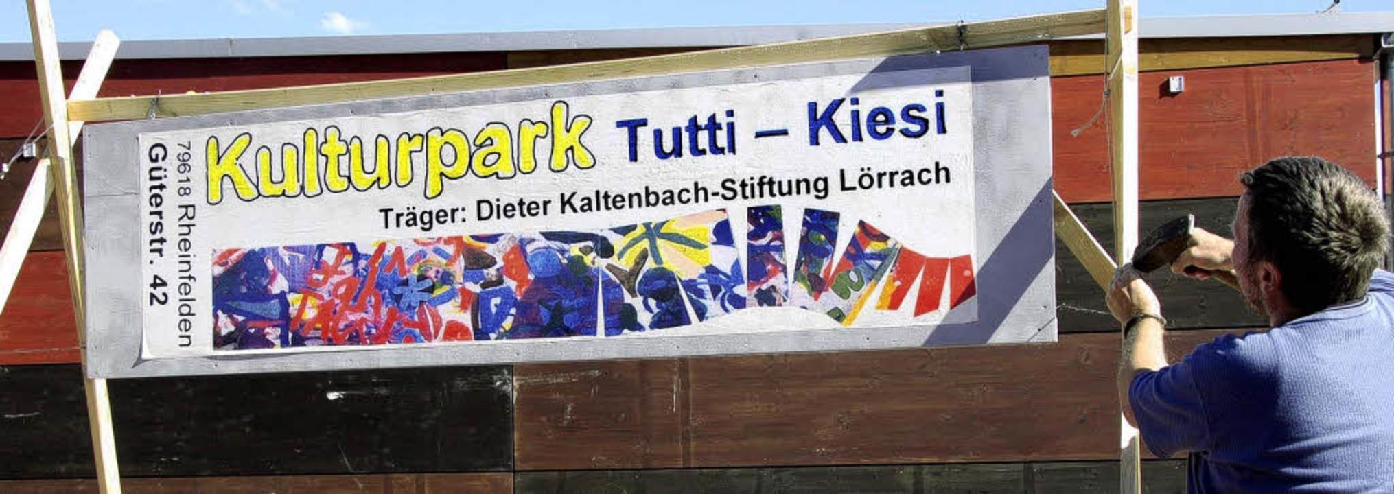 Die Kaltenbachstiftung bereitet das Te...au im Tutti-Kiesi-Gelände vor.            Foto: Ingrid Böhm-Jacob