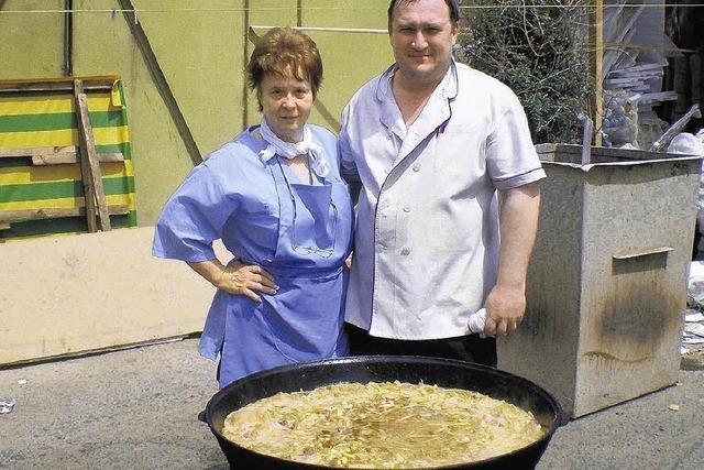 Sauerkraut stampfen in Usbekistan