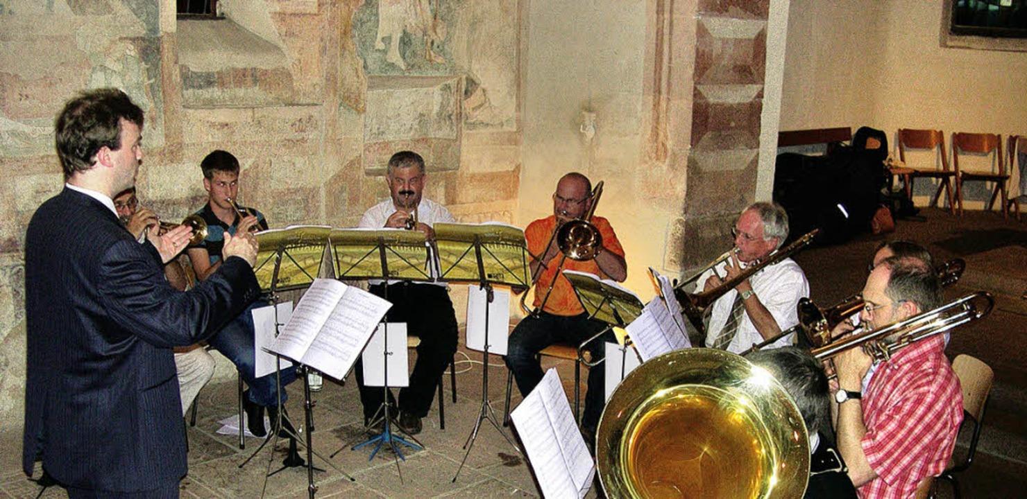 Der Posaunenchor, geleitet  von Pfarre...von seiner Reise nach Leipzig wieder.   | Foto: Mink