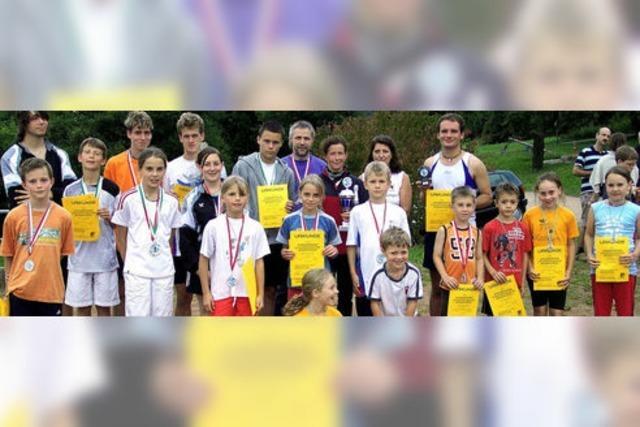 Beim Leichtathletik-Sportfest des TSV ging es für einige weit hinaus