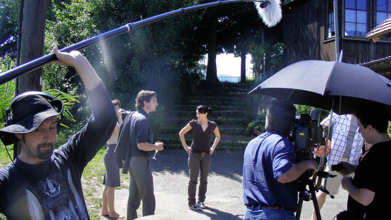 Schauspieler Felix Klare als Hauptkomm...Dreharbeiten gestern am Großen Deich.     Foto: Pascal Cames