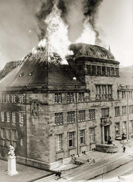 Bereits zehn Jahre vor dem Bombenangri...rscheinung ansonsten kaum verändert.    | Foto: ARchiv Hans Sigmund/Michael Bamberger