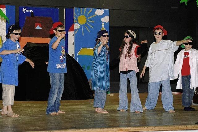 Schüler spielten zum Abschied Theater
