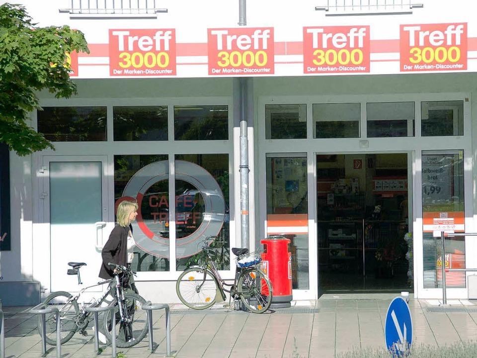 Im Denzlinger  Ortskern gibt es weitere Einkaufsmöglichkeiten.  | Foto: Frank Kiefer