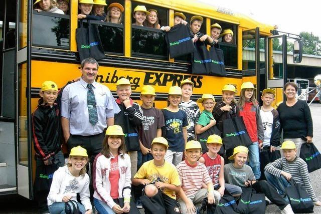 Auch Fahren mit dem Schulbus will gelernt sein