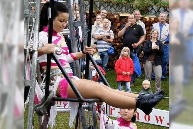 Akrobaten retteten das Fest