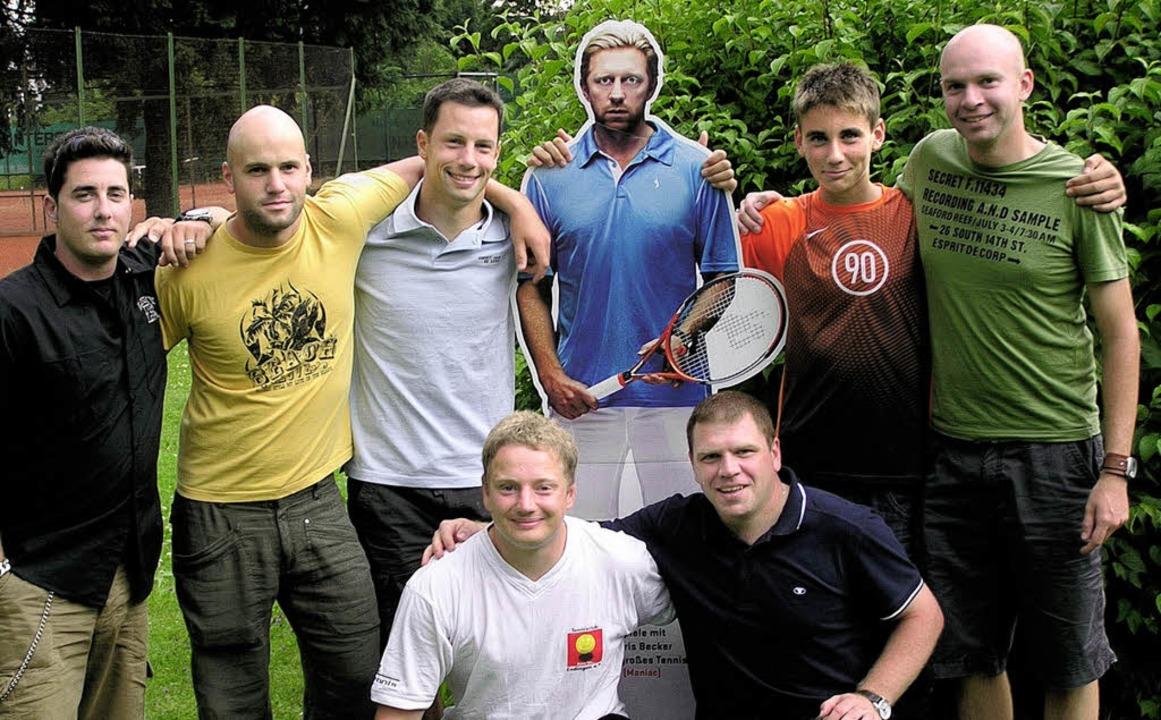 Eine weiße Tennisweste - Endingen - Badische Zeitung