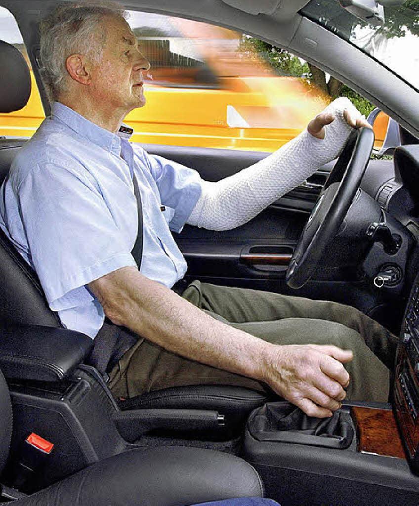 Autofahren Mit Gipsarm