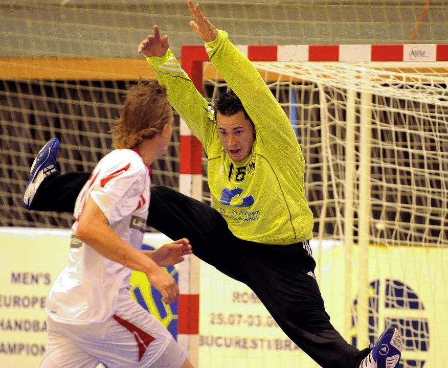 Auch der Weiler Torhüter Matthias Baur...age gegen Dänemark nicht verhindern.    | Foto: Michael Heuberger