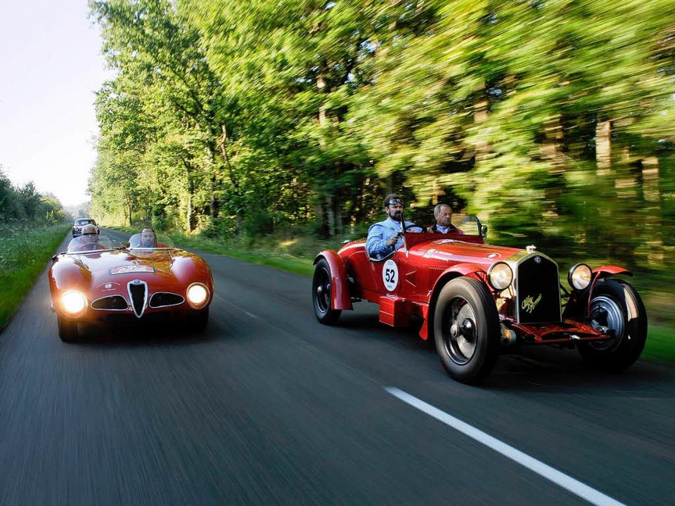 Zwei Alfa-Romeos unterwegs  | Foto: Veranstalter