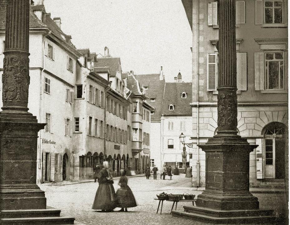 Einen Blick durch die Münstergasse zei...m Umzug nach Freiburg (1852) entstand.    Foto: Archiv Kalchthaler