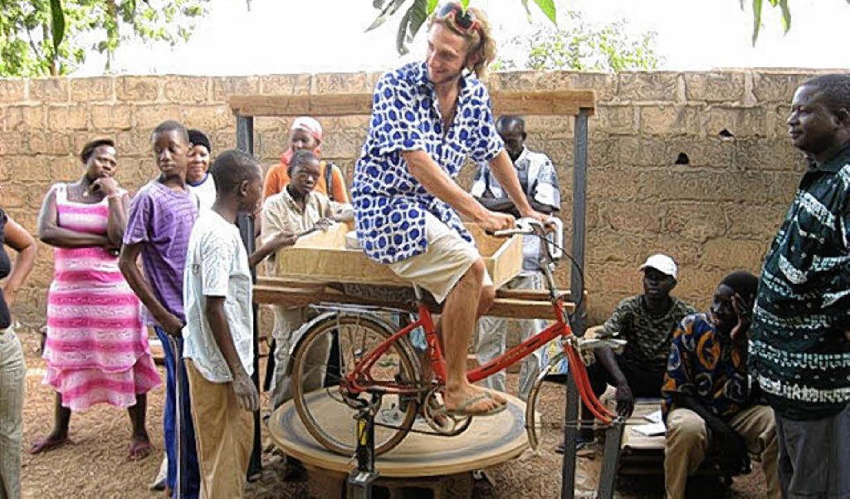 Der Eimeldinger Michael Bührer engagie...cklungshilfeprojekt in Burkina Faso.    | Foto: privat