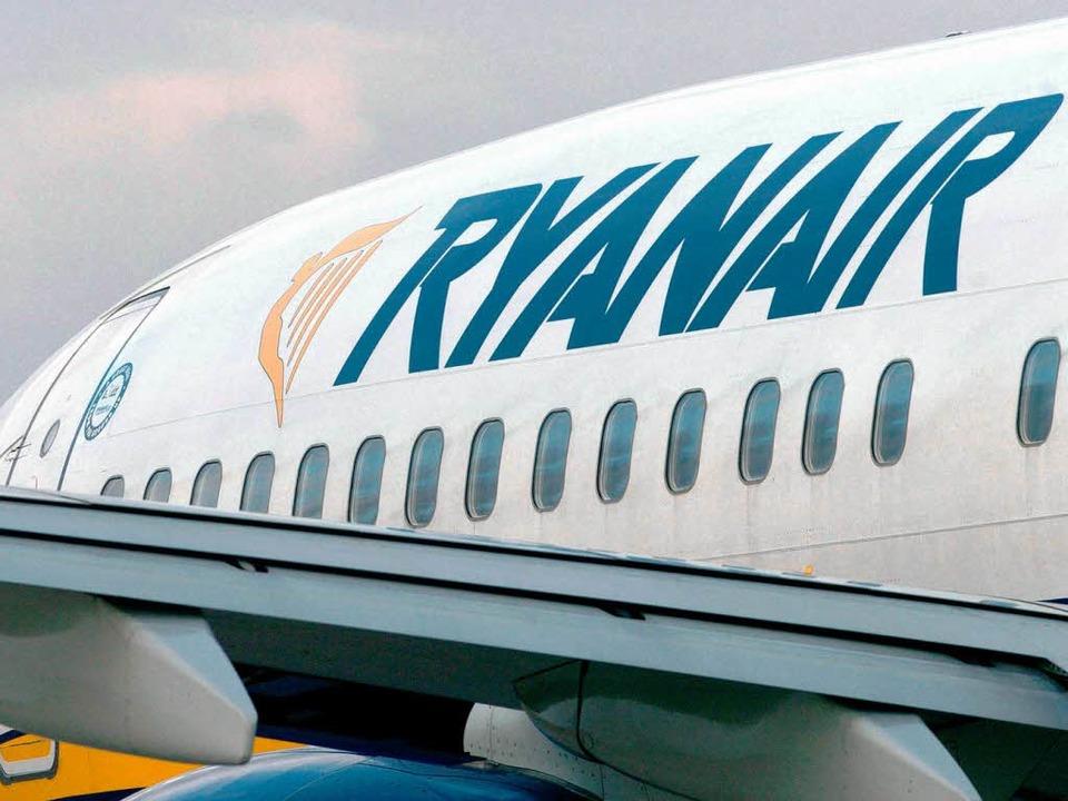 Die Serie von Luftfahrt-Zwischenfällen... auch die Billiglinie Ryanair erfasst.    Foto: ZB