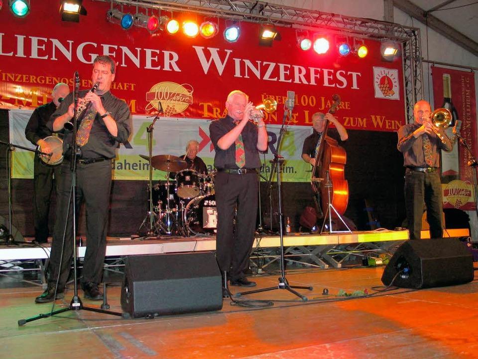 Phänomenal gut war der Auftritt der Bl...zz Band mit Dixieland, Jazz und Swing.  | Foto: Jutta Schütz