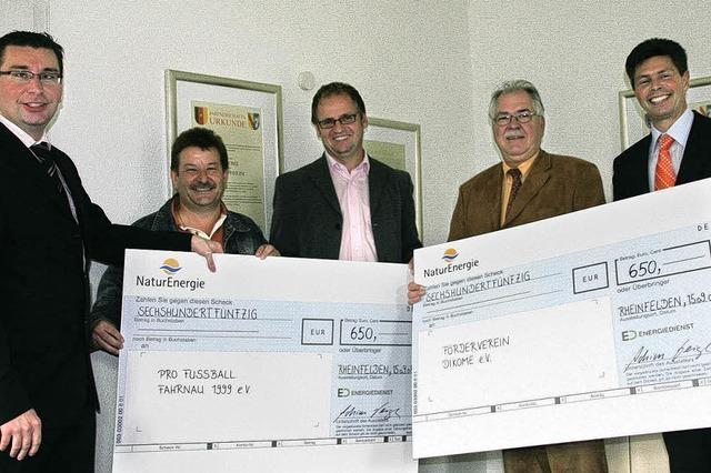 Zwei Vereine freuen sich über eine Spende