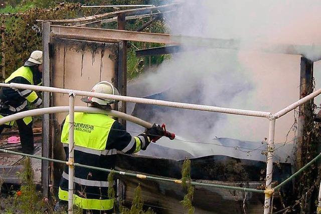 Gartenhütte am Herbolzheimer Berg brannte