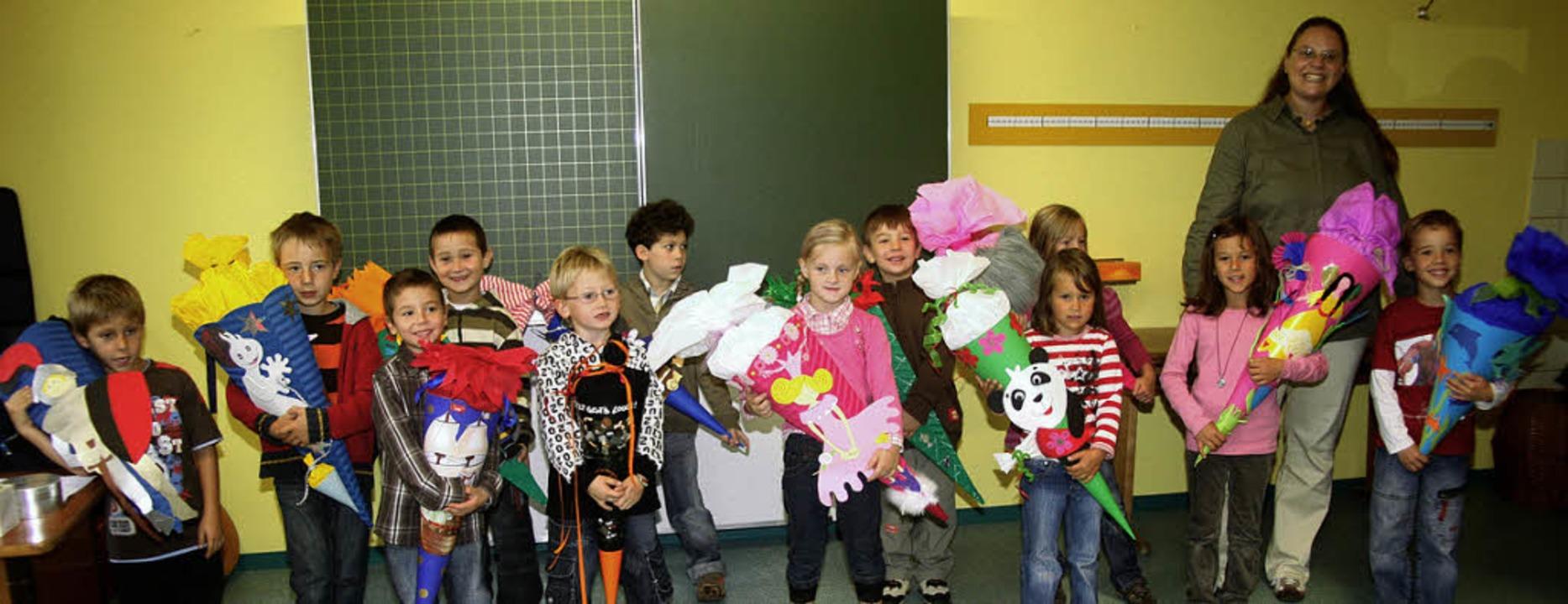 ...die neu eingeschulten Grundschüler in Hasel  | Foto: Fabry