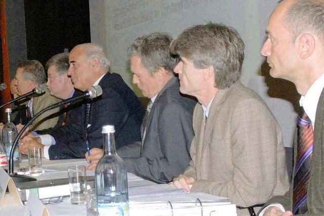 Vereine: Idealismus und Wirtschaftsbetrieb