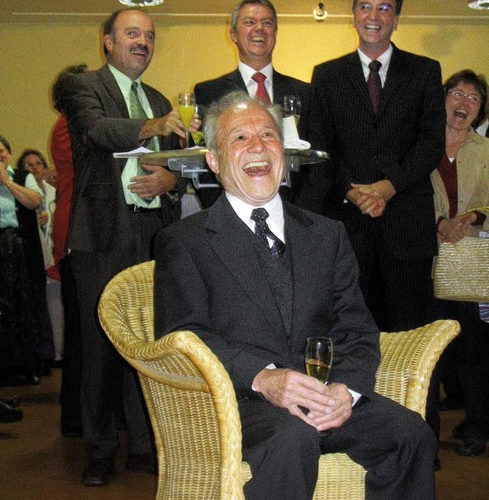 Pfarrer i.R. Kurt Hilberer vor BM Diet...r Geburtstagsfeier im Gemeindezentrum.  | Foto: Kati Wortelkamp