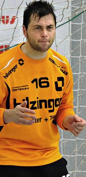 Daniel Sdunek hat sich am Daumen verletzt.   | Foto: M. heuberger (A)