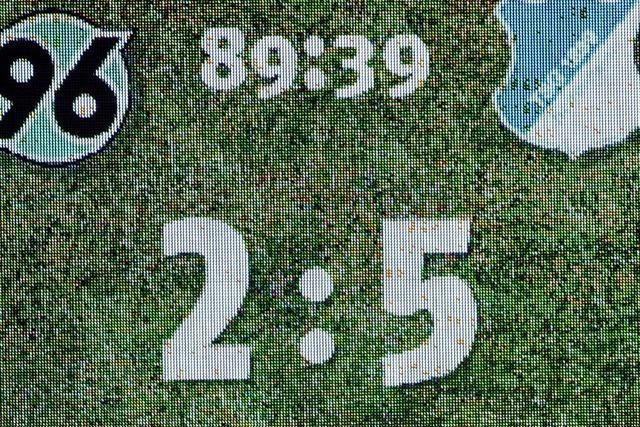 Hoffenheim stürmt mit 5:2 an die Tabellenspitze
