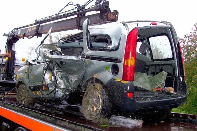 Glück im Unglück bei Unfall in Achern (neu)