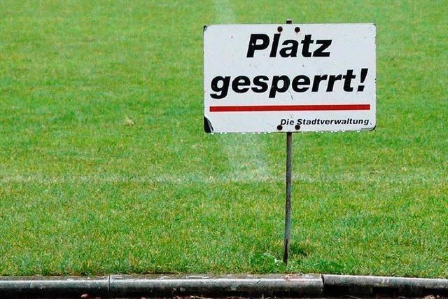 Regen in Weil – kein Verbandsliga-Fußball