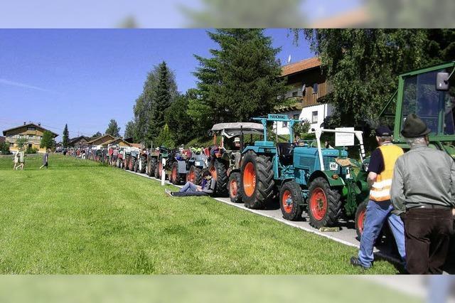 Traktoren stehen Schlange