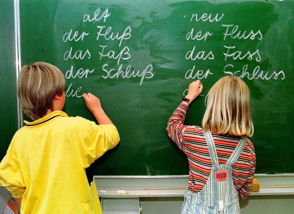 Eines der Probleme: leseschwache Schüler.  | Foto: JOERG SARBACH