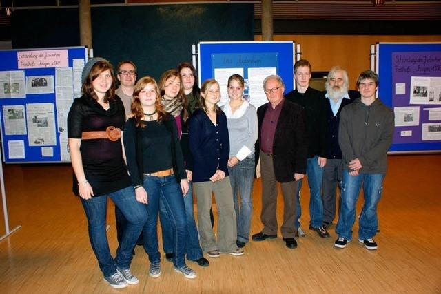 Jugendliche erforschen die jüdische Geschichte