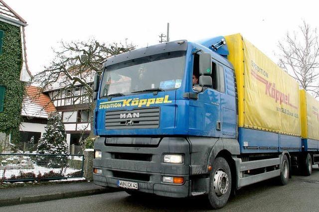 Bürger kämpfen gegen Lkw-Verkehr