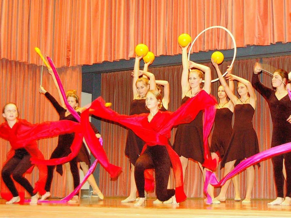 Sport- und Spaßnachmittag  der Frauen im MHTG in der Festhalle Schwörstadt    Foto: Bernhard Birlin