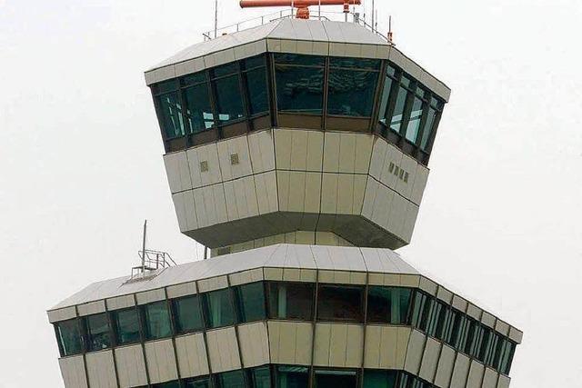 Brand am Flughafen Tegel – Flugzeuge umgeleitet