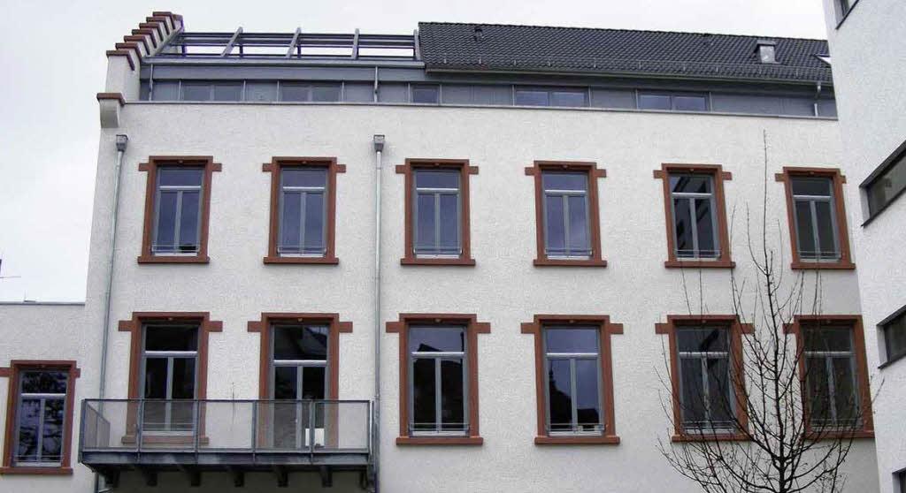 individuelles wohnen in einer ehemaligen fabrik freiburg badische zeitung. Black Bedroom Furniture Sets. Home Design Ideas