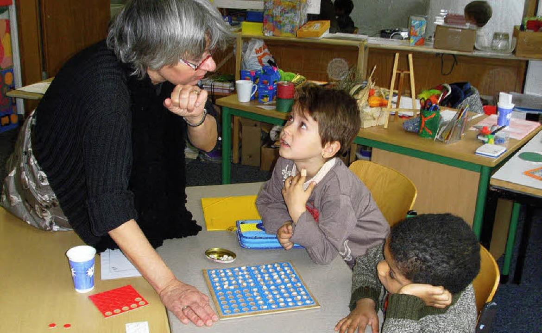 Rechnen mit Bohnen:  Mathetag  in der Vigelius-Grundschule   | Foto: BZ