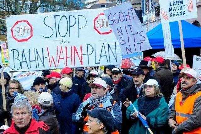 Fotos: Demo in Lahr gegen die Bahnpläne