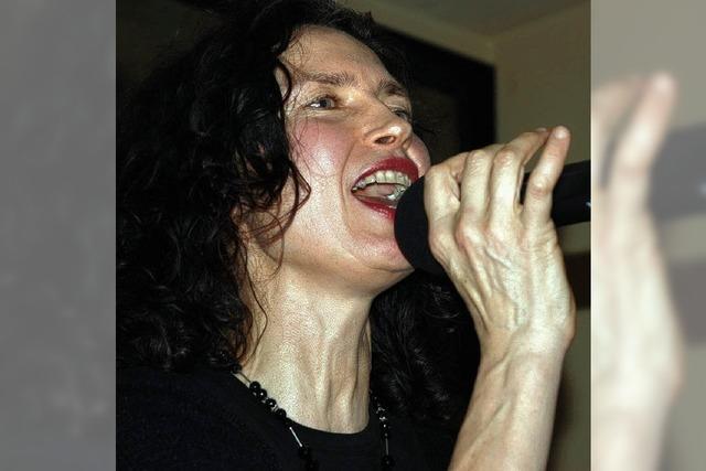 Eine Sängerin mit ihrem eigenen Stil